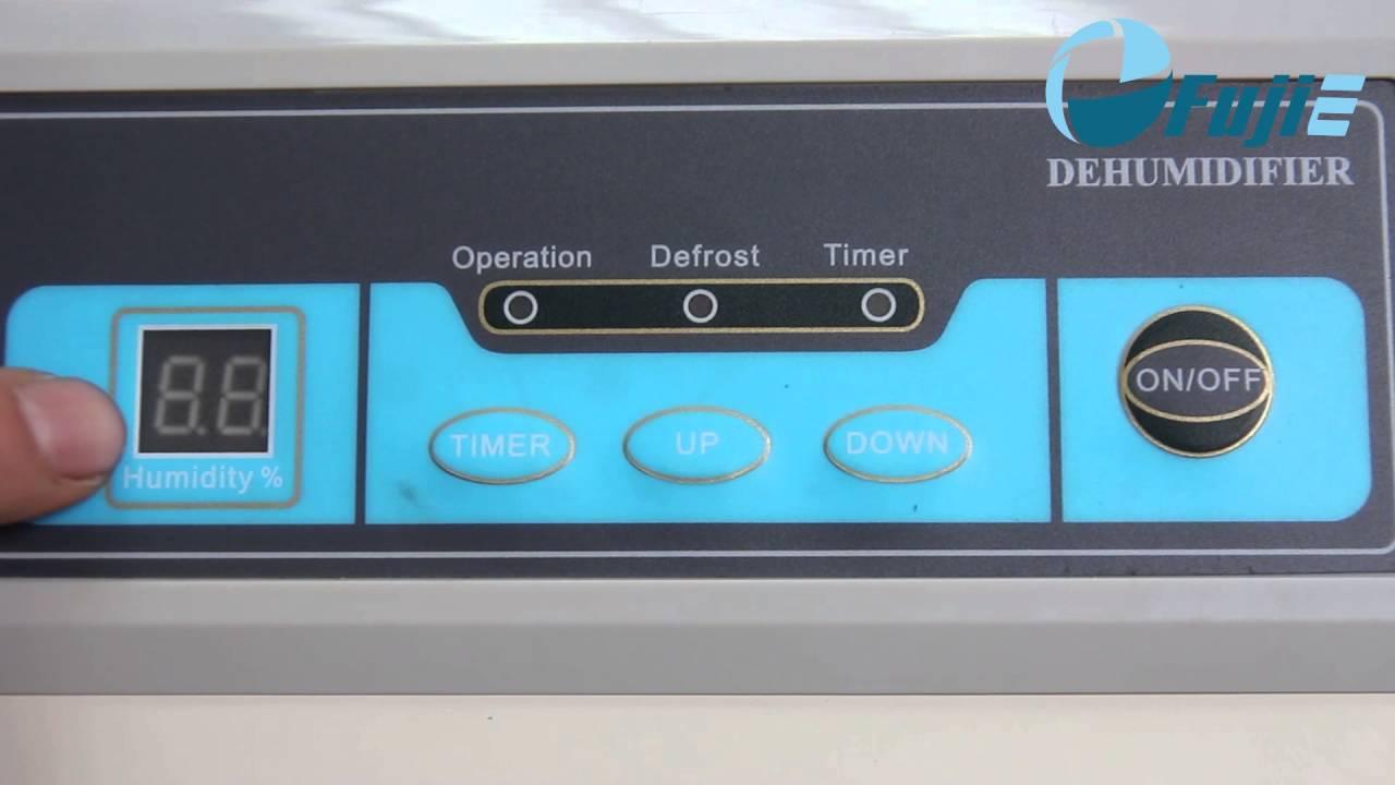 Máy hút ẩm không khí Fujie HM-1500D có bảng điều khiển hiển thị đèn LED